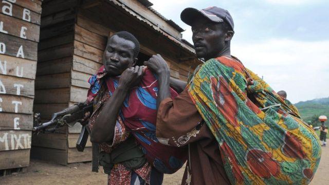 FDLR igizwe na bamwe mu bahoze mu gisirikare c'u Rwanda ca kera, FAR, bahunze u Rwanda mu 1994 FPR imaze gufata ubutegetsi
