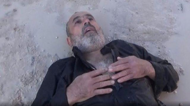أبو ربيعة يقول إنه لا يزال يعاني من آثار ما يشتبه بأنه أسلحة كيمياوية في خان شيخون