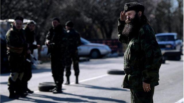 Vođa Četničkog pokreta Bratislav Živković na kontrolnom puntku između Simferopolja i Sevastopolja 2014. godine