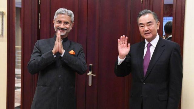 中印兩國外長早前在莫斯科出席上海合作組織外長會議。