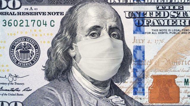 Nota de US$ 100 com máscara