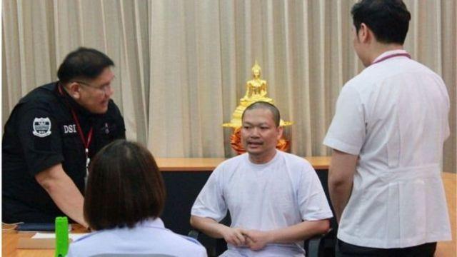 Wirapol siendo interrogado