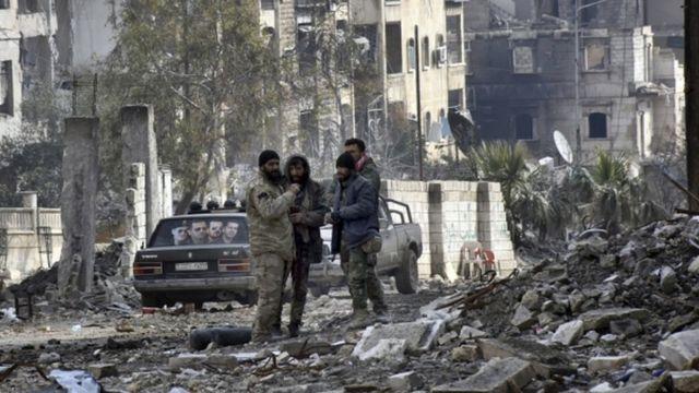 جنود سوريون في شرقي حلب