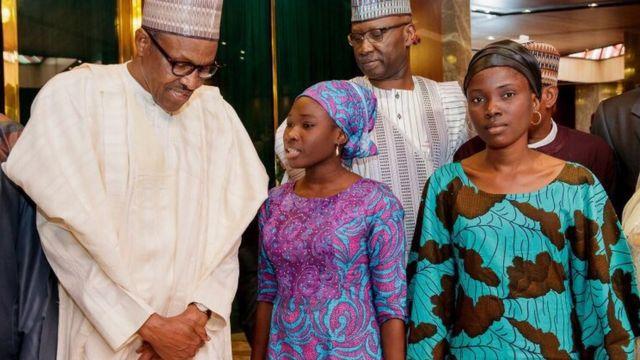 Aarẹ Buhari njiroro pẹlu awon obinrin to jajabọ naa