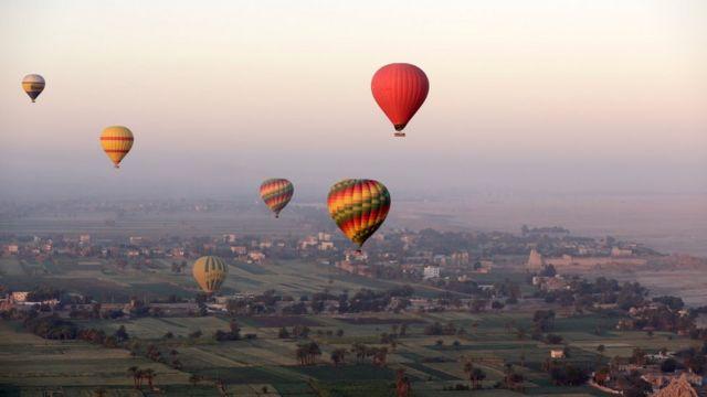 воздушные шары над городом Луксор