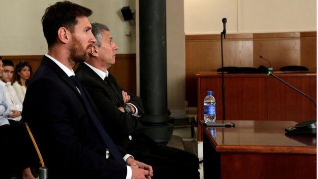 Messi junto a su padre