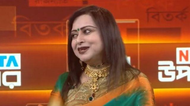টিভি টকশোতে চিত্রনায়িকা অঞ্জনা সুলতানা