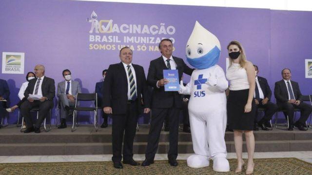Eduardo Pazuello e Zaire Bolsonaro
