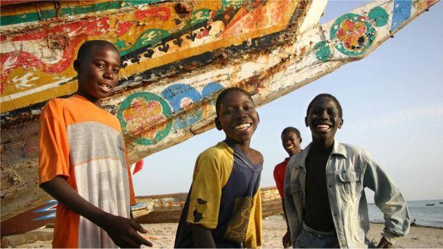 Le teraanga est une combinaison typiquement sénégalaise de générosité, d'hospitalité et de partage qui imprègne la vie quotidienne.
