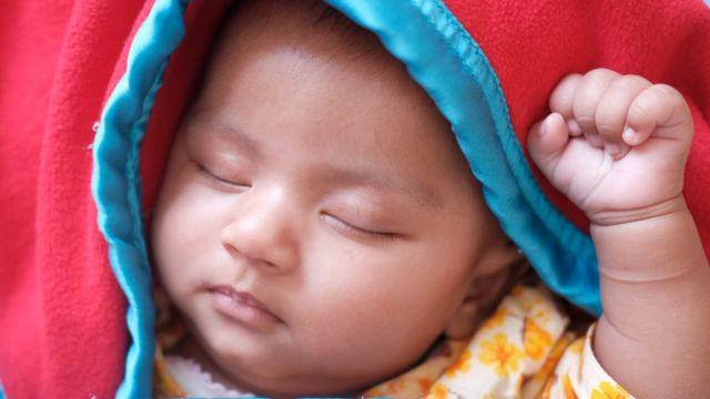 Bebé durmiendo.