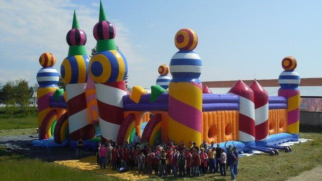 Giant bouncy castle at Common People festival