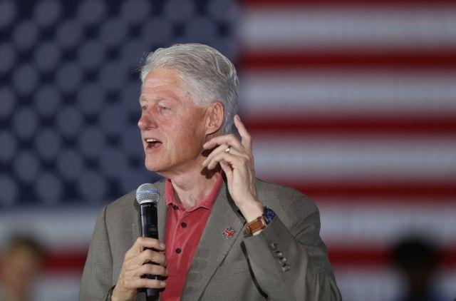 Clinton ha hecho campaña para su esposa.