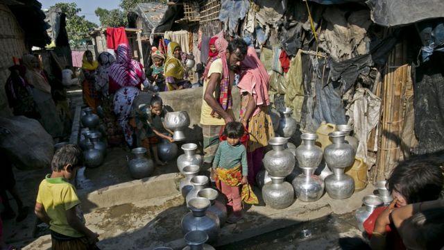 বাংলাদেশে চলে আসা রোহিঙ্গাদের একটি শরণার্থী শিবির