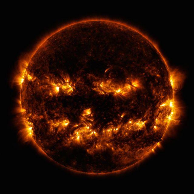 Foto del Sol como una calabaza sonriente
