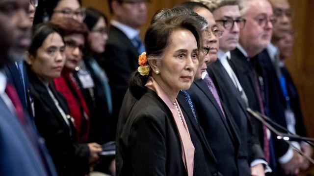 မြန်မာဘက်က ပထမဆုံးအစီရင်ခံစာကို တရားရုံးထံ တင်သွင်းခဲ့ပါတယ်။