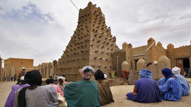La famosa mezquita de Sankore