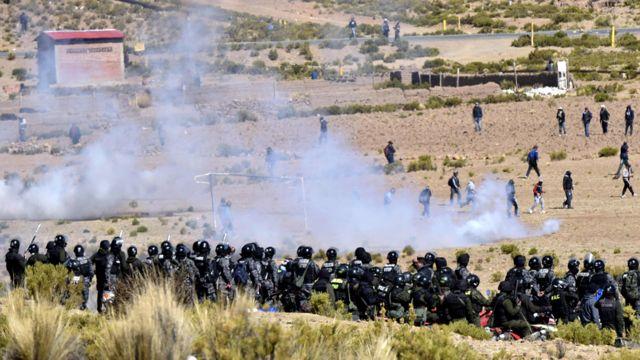 Enfrentamientos entre la policía y los mineros