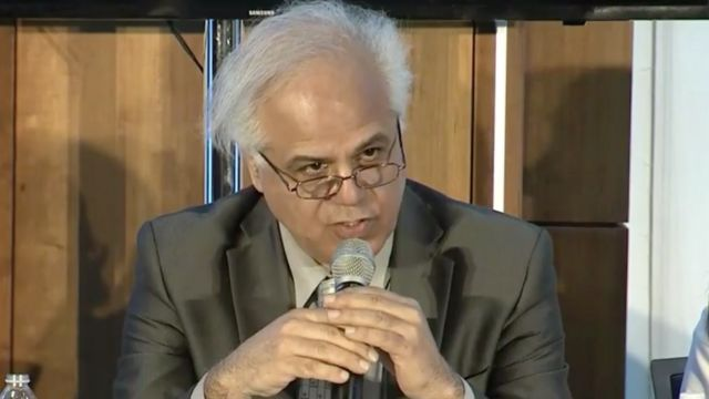 الهیار کنگرلو، مدیر پروژه ققنوس تاکید کرده این گروه غیرسیاسی و یک اندیشکده علمی است
