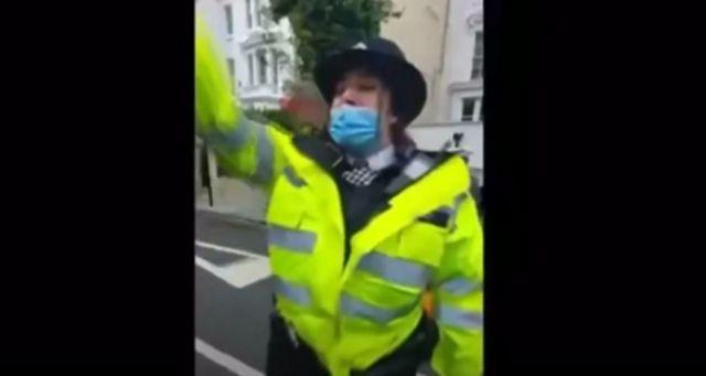 مامور پلیس لندن در فیلم منتشر شده در شبکه های اجتماعی