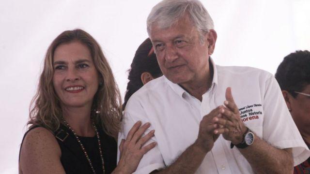 López Obrador y su esposa, Beatriz Gutiérrez Müller