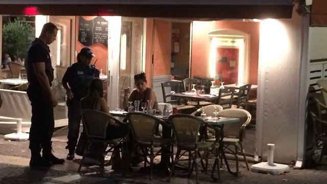Полицейский патруль во Фрежюсе