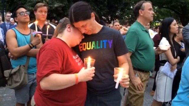 """Para jovem africano, ataque de Orlando que vitimou 49 pessoas foi """"perturbador"""""""