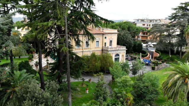 A Nunciatura Apostólica, a embaixada do Vaticano em Roma.