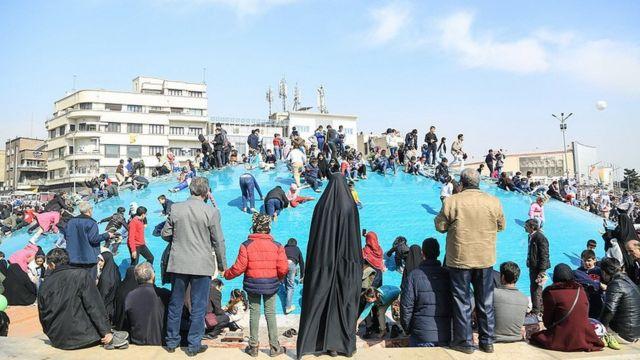 میدان انقلاب تهران