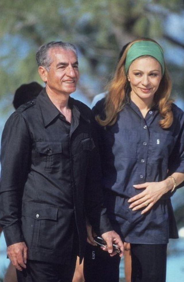 شاه و فرح در جزیره باهاما و پس از خروج از ایران در سال ۵۷