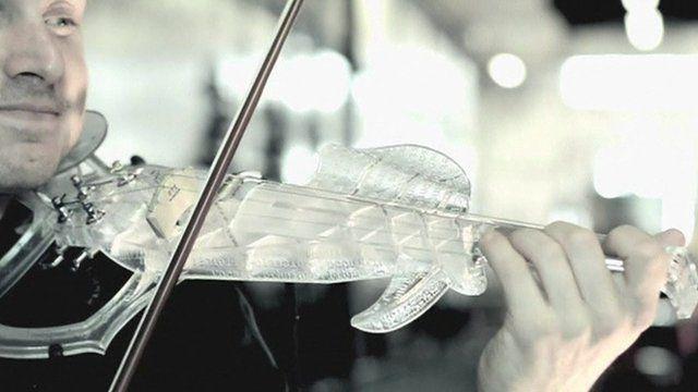 Laurent Bernadac playing 3D printed violin