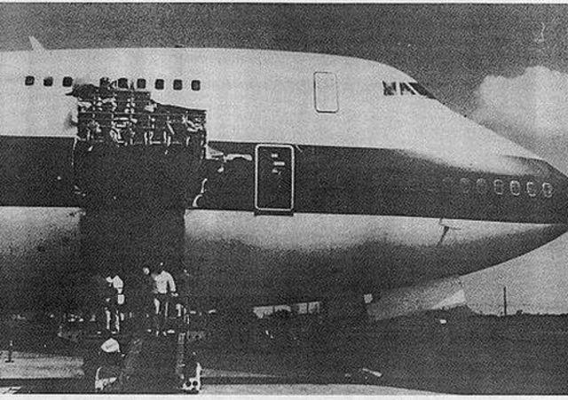 Buraco no Boeing 747