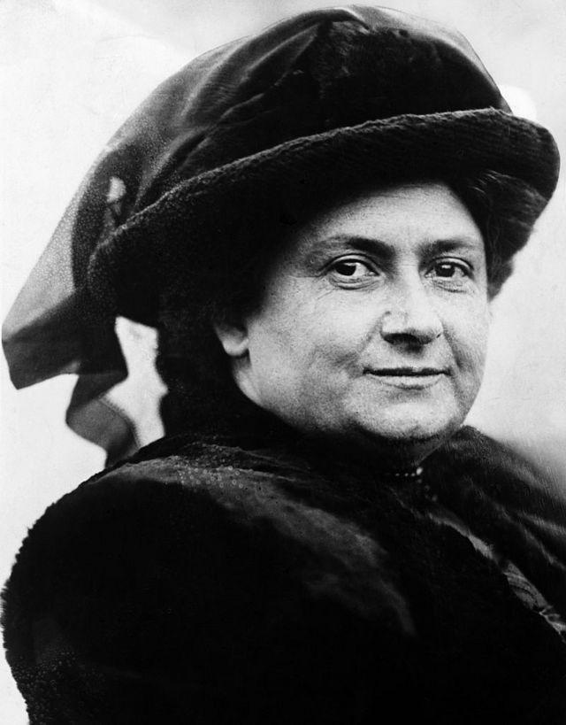 María Montessori en 1914.