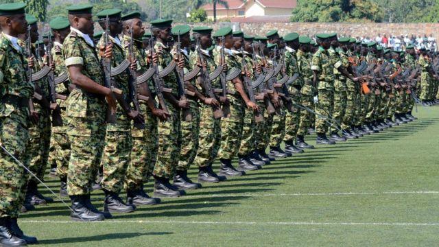 Abasirikare b'u Burundi ku munsi wo kwizihiza kwikukira