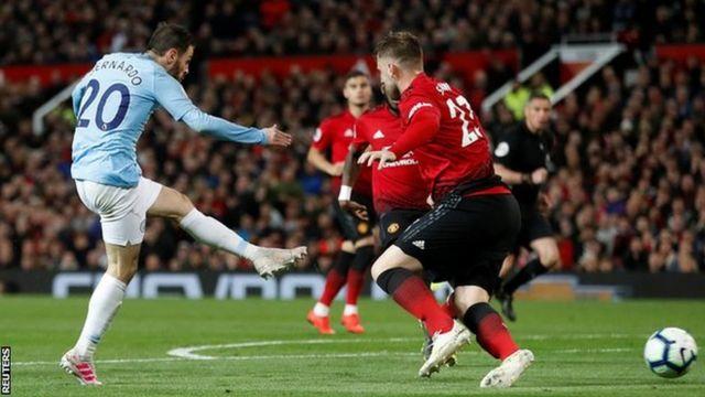 Manchester City ifite amanota 89 mu mikino 35 ya Premier League imaze gukina, mu gihe Liverpool ifite amanota 88