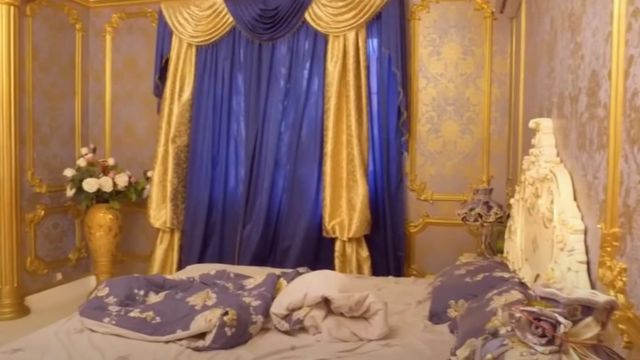 Bedroom in luxury villa