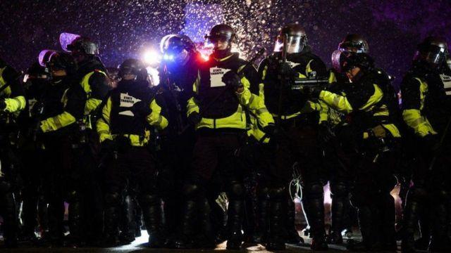 الشرطة استخدمت الرصاص المطاطي.