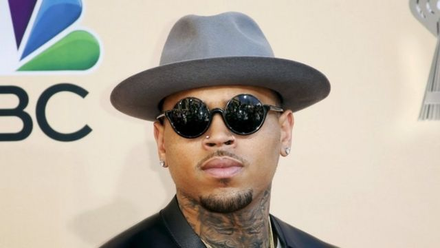 Chris Brown wants Australia visa 'to discuss domestic violence'