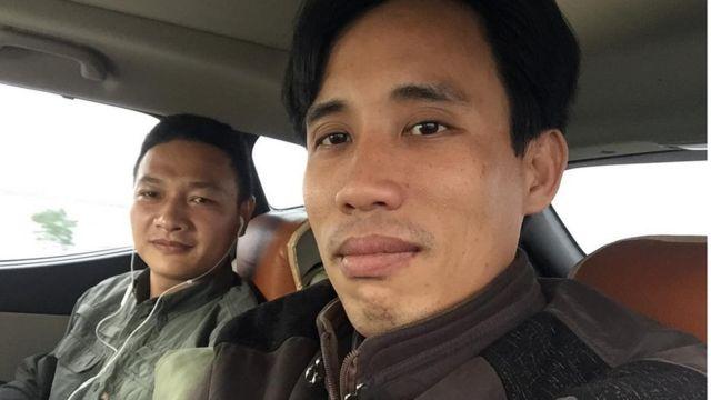 Hai nhà hoạt động Bạch Hồng Quyền (trái) và Hoàng Đức Bình