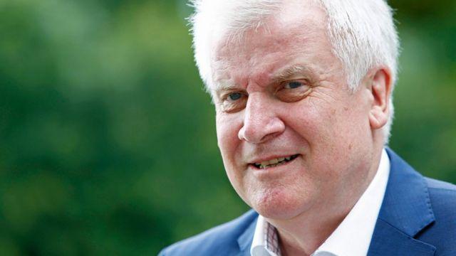 Премьер земли Бавария и лидер ХСС Хорст Зеехофер