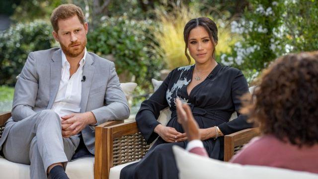 Принц Гаррі та Меган Маркл під час інтерв'ю Опрі Вінфрі