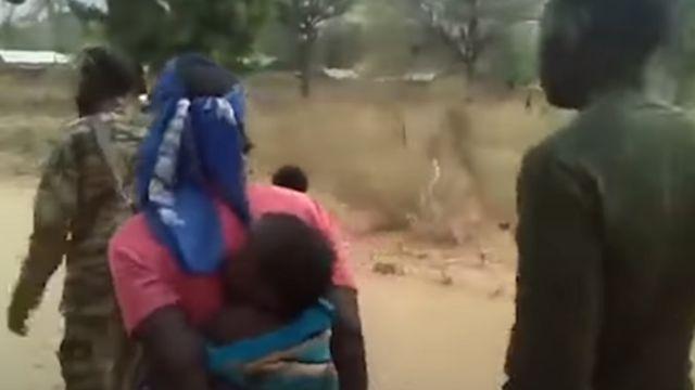 Umugore n'umwana bajyanywe kwicwa