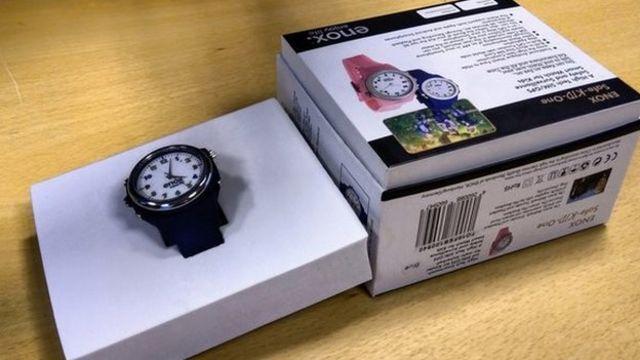 Children's smartwatch recalled over data fears