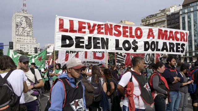 Protesto em 1º de Maio contra o governo Macri