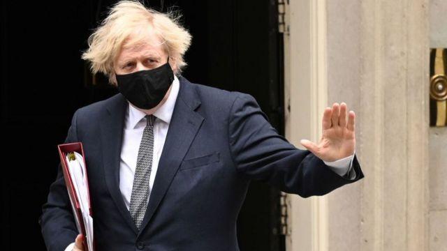 """""""كان بإمكان رئيس الوزراء إعلان انتهاء الموجة الثانية يوم أمس"""""""