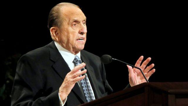 Presidente de la iglesia mormona dando un discurso en Salt Lake City, Utah en 2011.