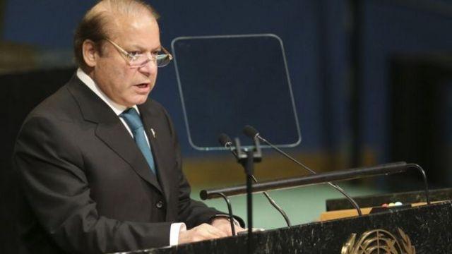 पाकिस्तान के प्रधानमंत्री नवाज़ शरीफ ने बुधवार को संयुक्त राष्ट्र महासभा में दिए भाषण में कश्मीर का मुद्दा उठाया.
