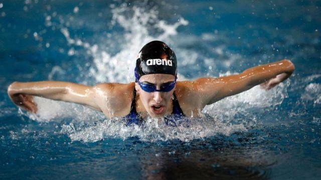 Nadadora entrenándose para Río