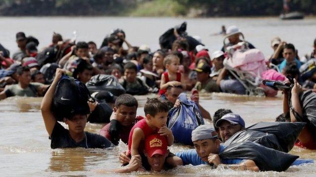 الجيش الأمريكي يرسل 5,200 جندي إلى الحدود مع المكسيك