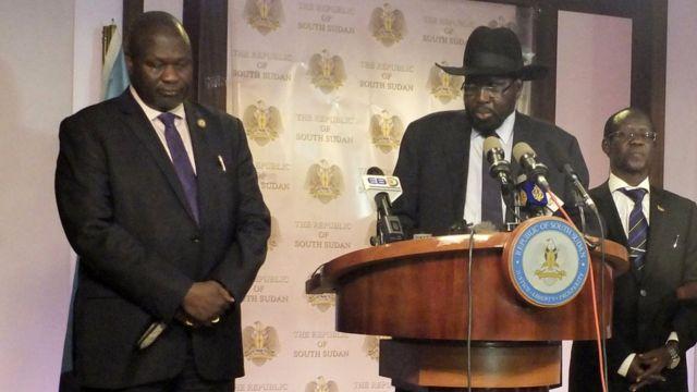 Salva Kiir (i buryo) na Riek Machar (i bubamfu)