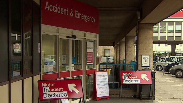 The front of an A&E unit, with signs saying 'Major incident declared' outside